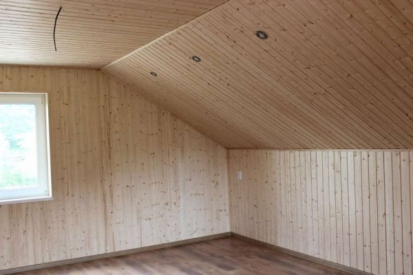 Вертикальная облицовка вагонкой изнутри здания