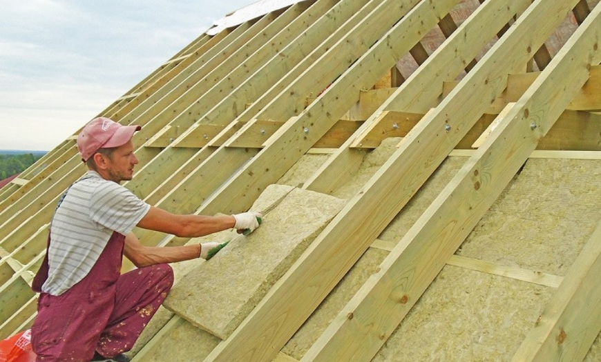 Двухскатная крыша своими руками - пошаговая инструкция монтажа с фото